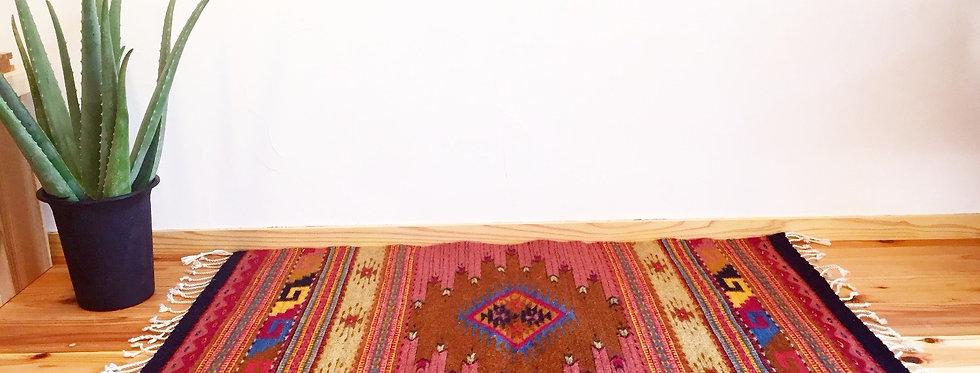 ザポテックラグ自然染めMダイア (コチニールxインディゴ)約103x62cm