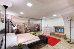 Little Wall Street - Bedroom 2