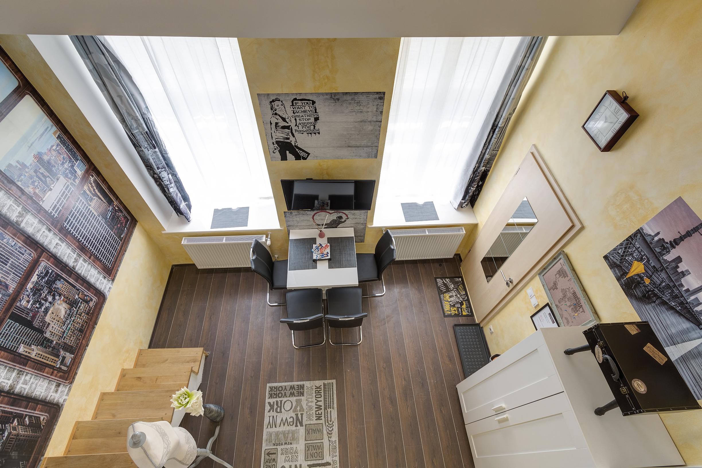 Livingroom from upstairs