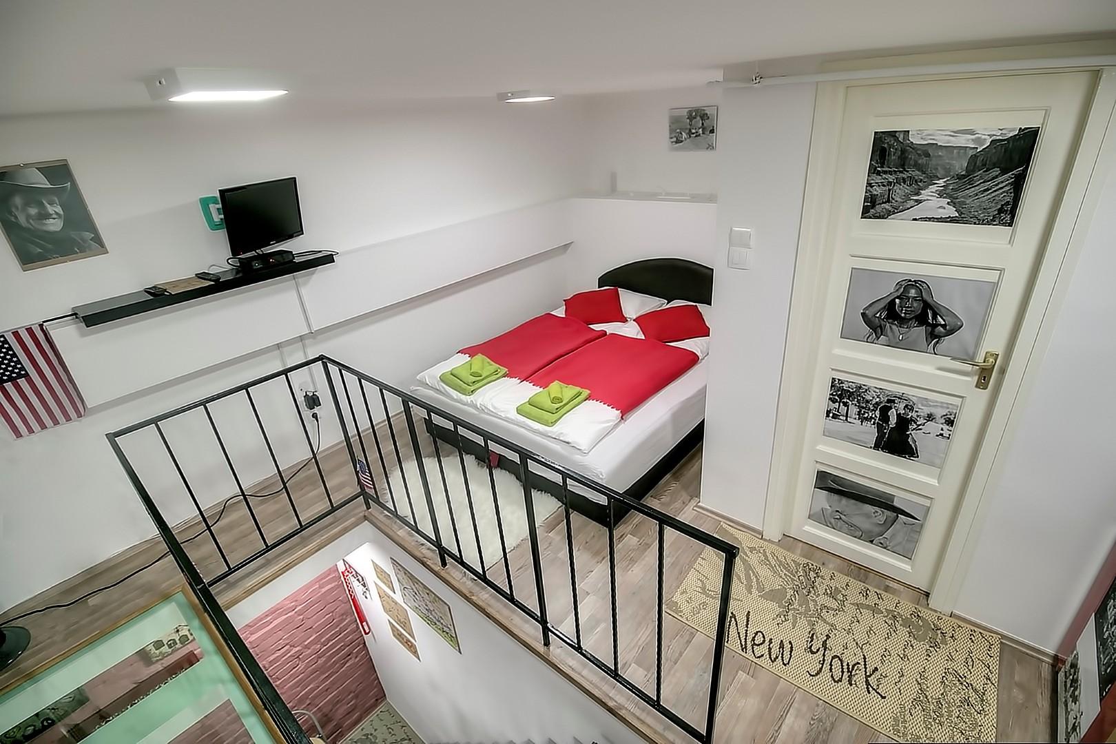 Upper floor - sleeping area