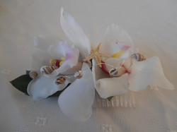 Orchid Hair Comb with Shells