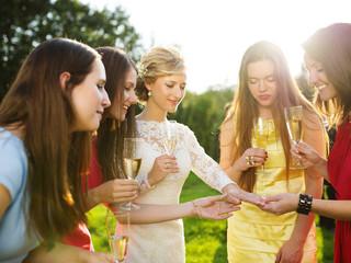 Qué No Usar Cuando Eres Invitada A Una Boda