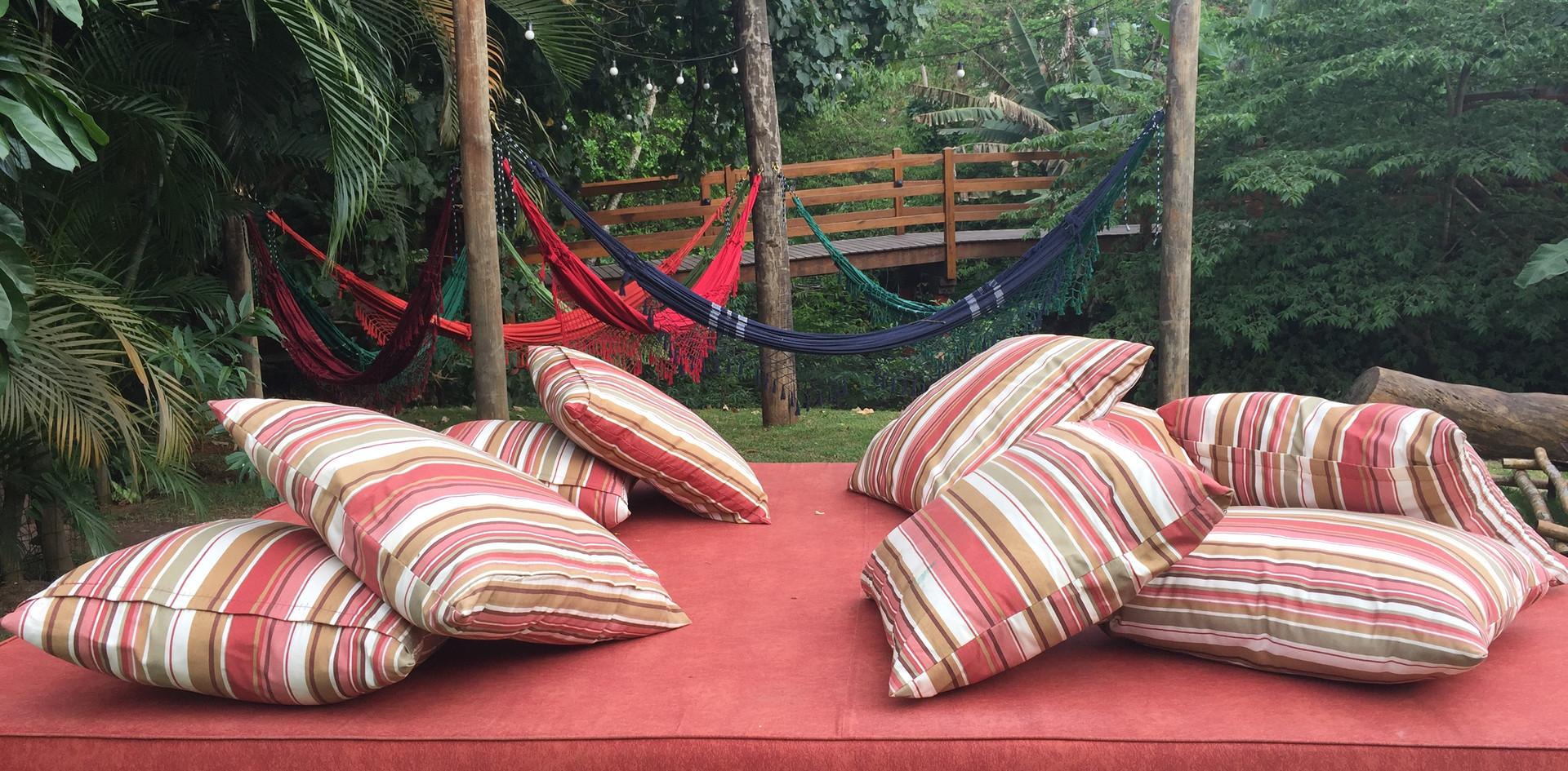 14 jardim com redes e cama.JPG