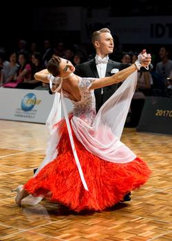 Dima Dakhnovskyi & Anna Dakhnovska (Ukraine)