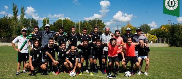 Fútbol Mayores | Banco vuelve de local