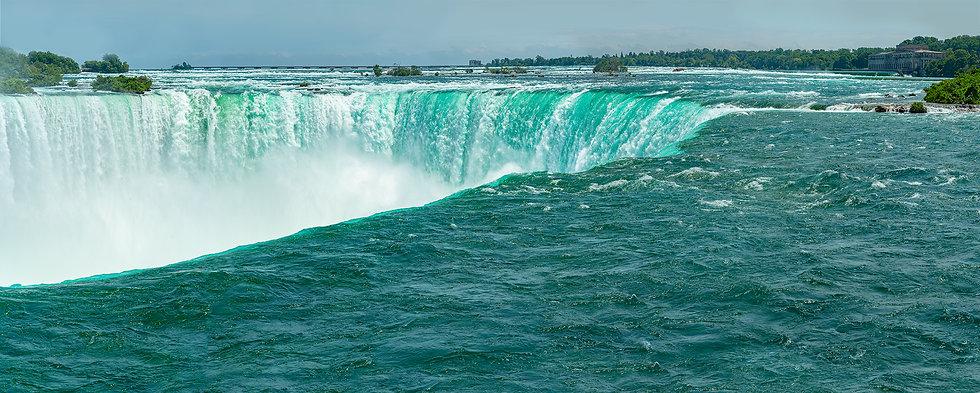 Panorama Niagara Falls.jpg