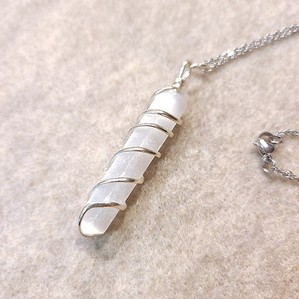 Selenite Point Spiral Wired Necklace Silver Tone