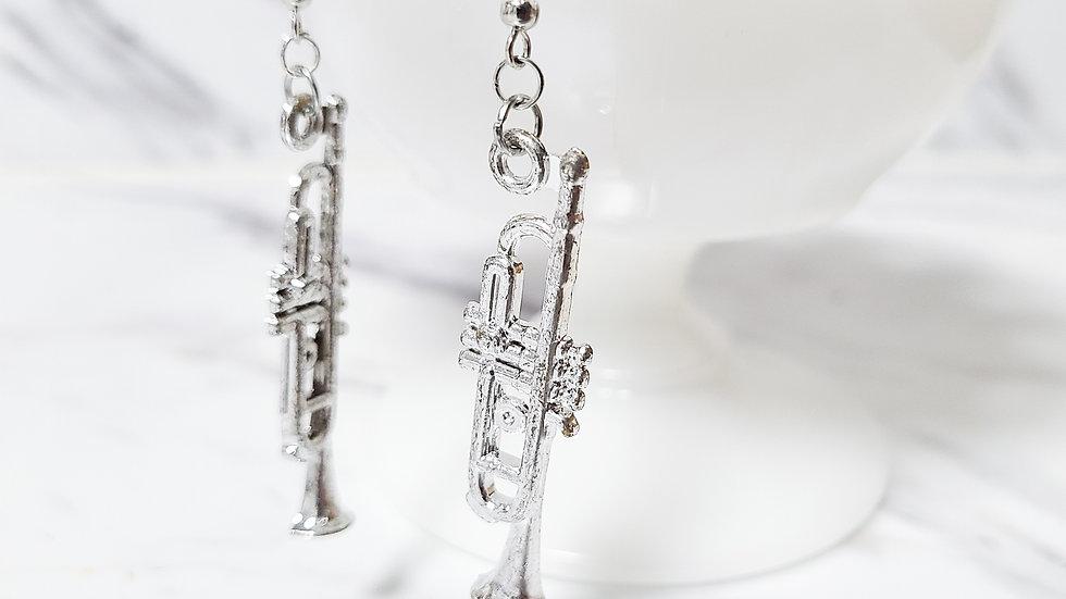 Vintage Plastic Trumpet Arcade Prize/ Vending Machine/ Kitsch Toy Earrings