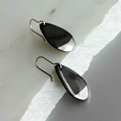 Black porcelain earrings