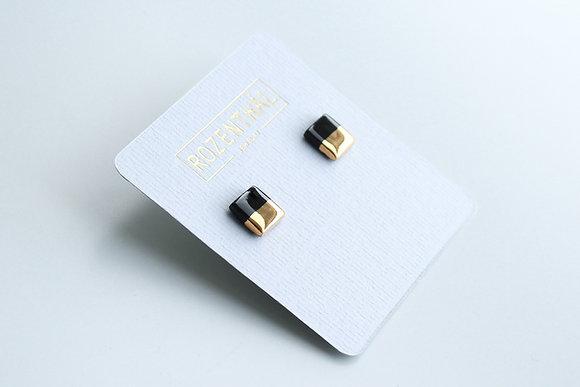 Black earrings  XS