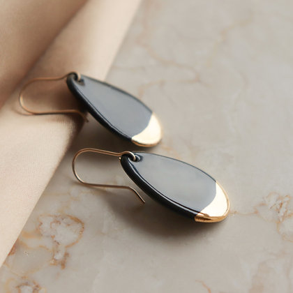Black porcelain earrings S