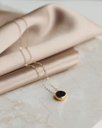 Black porcelain necklace