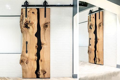 Амбарная дверь из слэба дерева