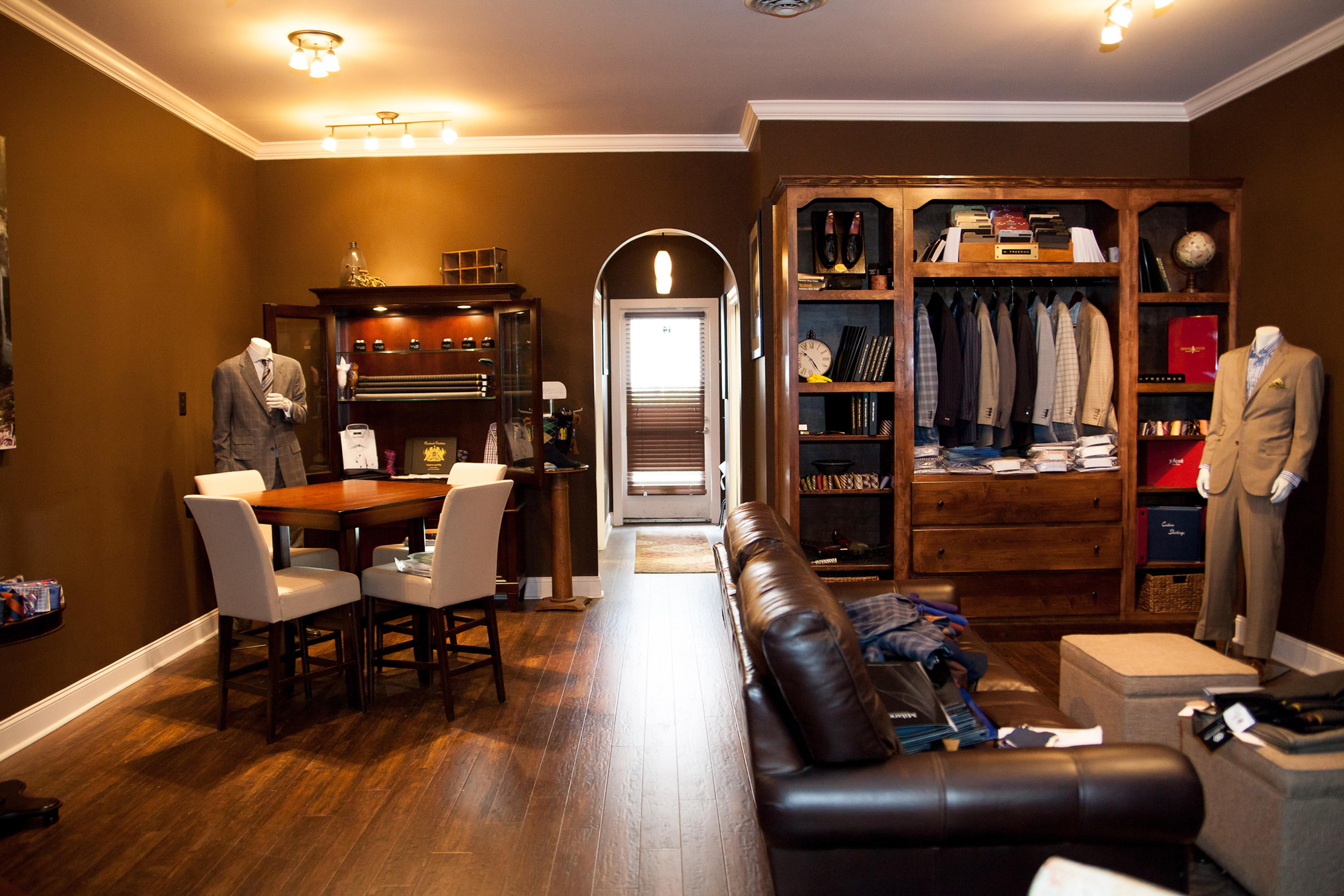 Cahaly's Custom Clothing - Greenville