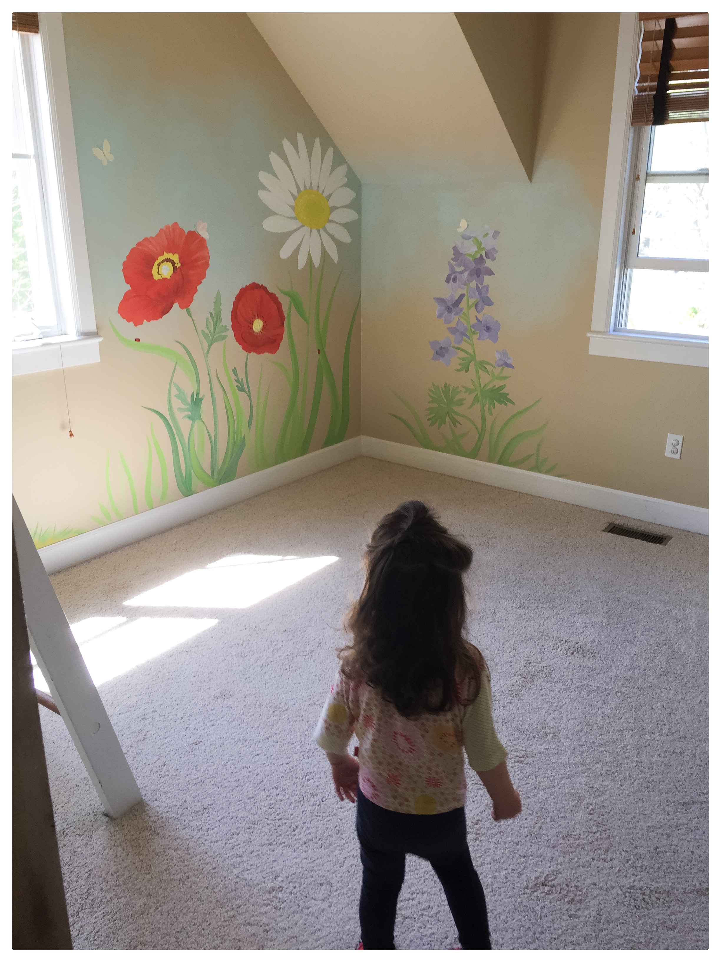 Lila's Flower/TreeHouse room!