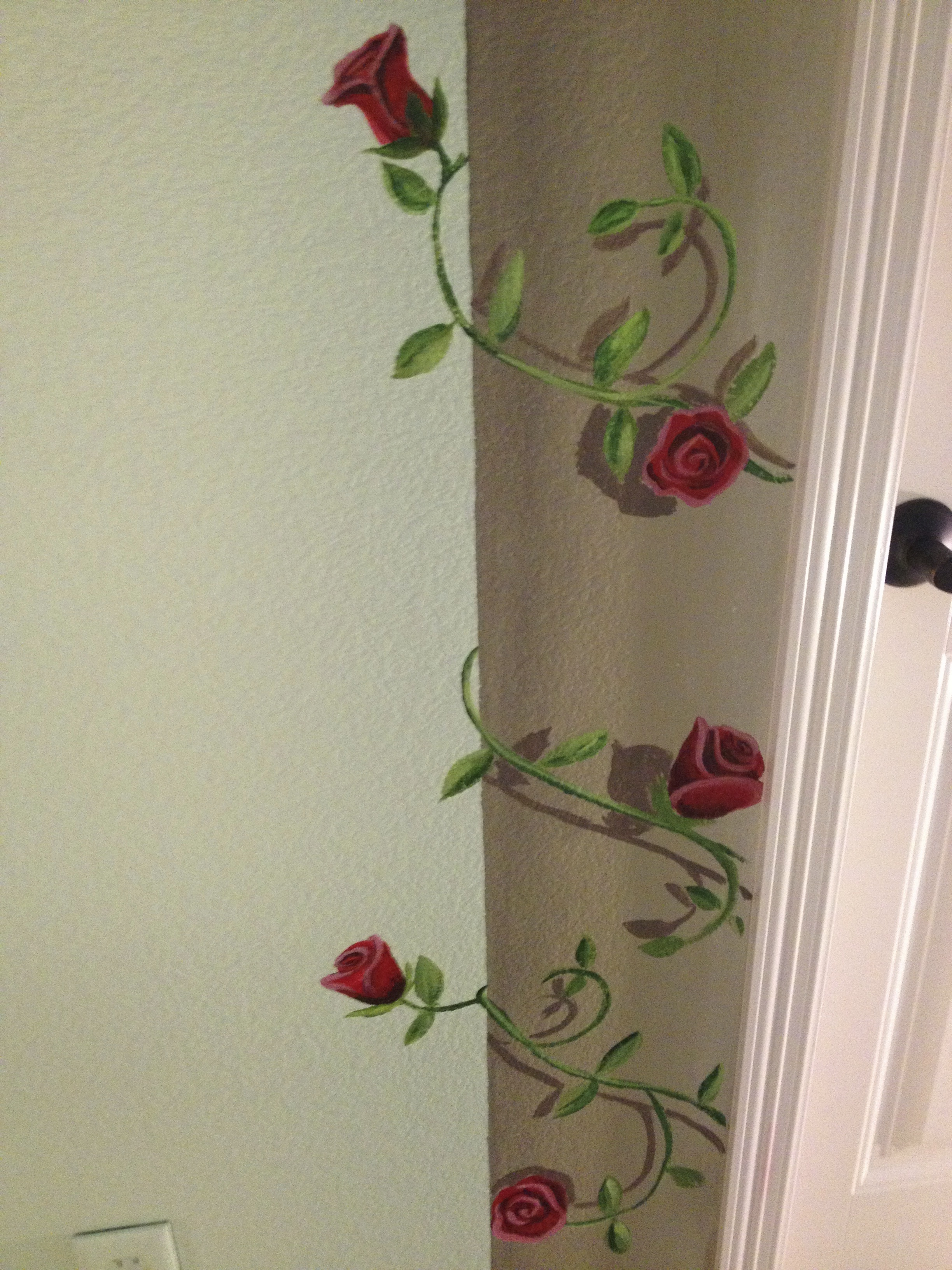 Rose Vine on Faux Pillar