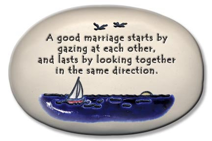 "3.5""x5""x1  ""A good marriage starts by gazing at each other..."""