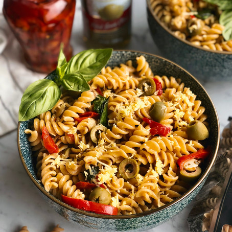 Fusilli with garlic and olive oil
