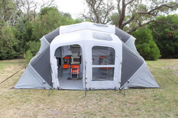 Fully inflatable annexe