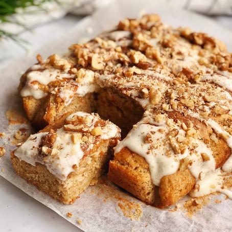 FLUFFY GOLDEN BANANA & WALNUT CAKE