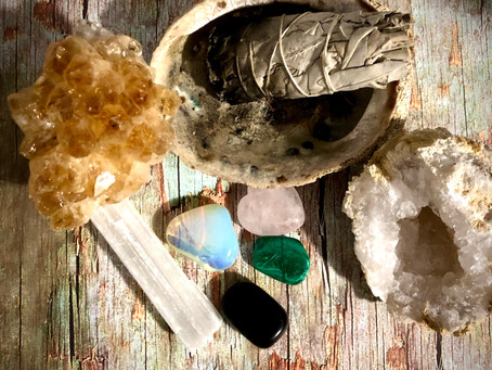 Ways to Cleanse and Charge your crystals