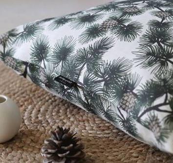 pine-pillow.JPG