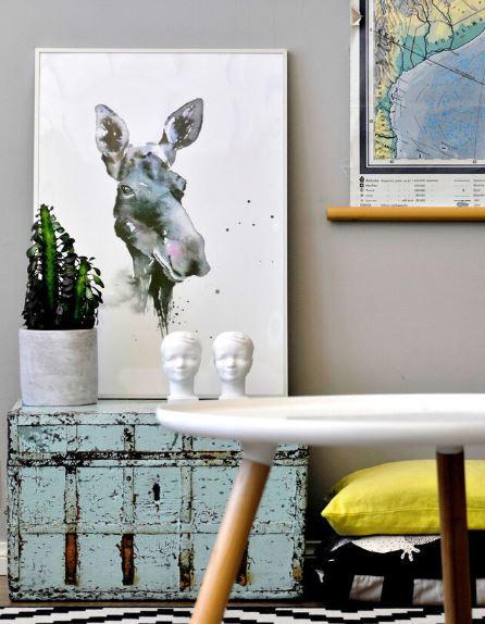 Ester Visual Moose print