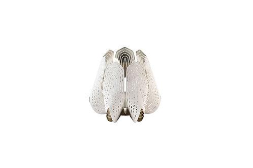 BE&LIV Blossom tealight candleholder white w/silver