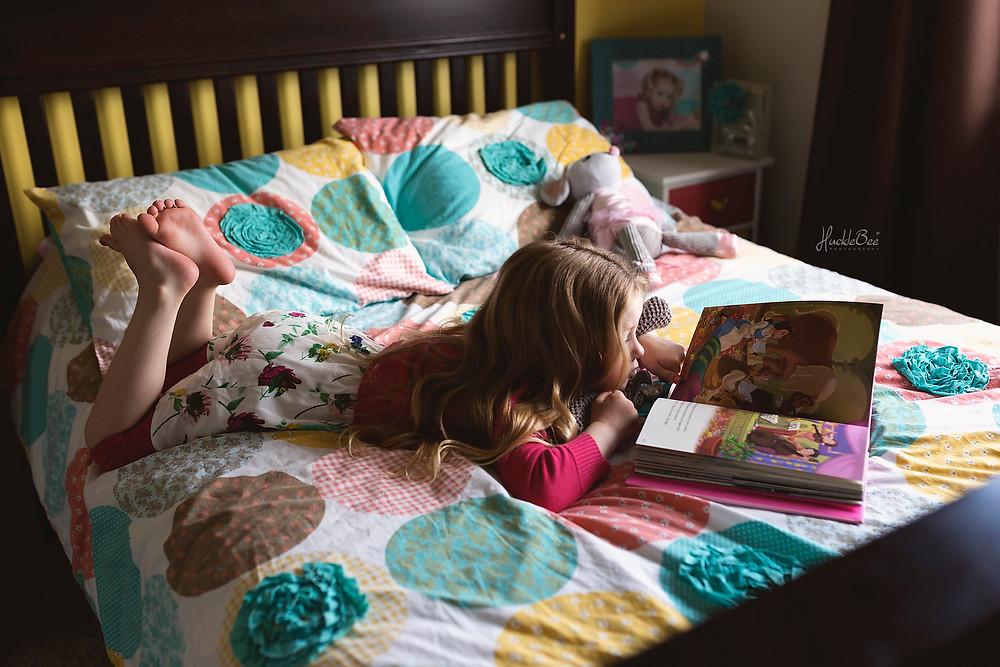 Reading in her room | Medicine Hat Lifestyle Family Photographer