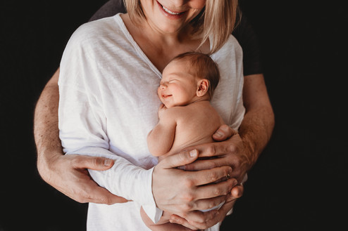 Best Lethbridge Newborn Photographer