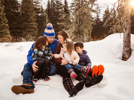 Medicine Hat Photographer | Mountain Winter Family Session
