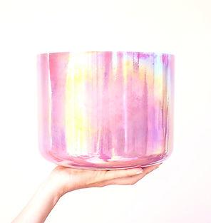 crystal-tones-singing-bowl001_edited.jpg