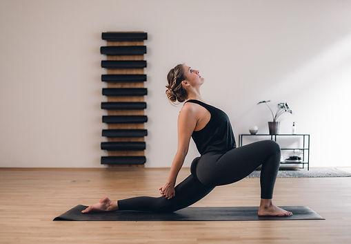 KLY-Yoga-3223.jpg