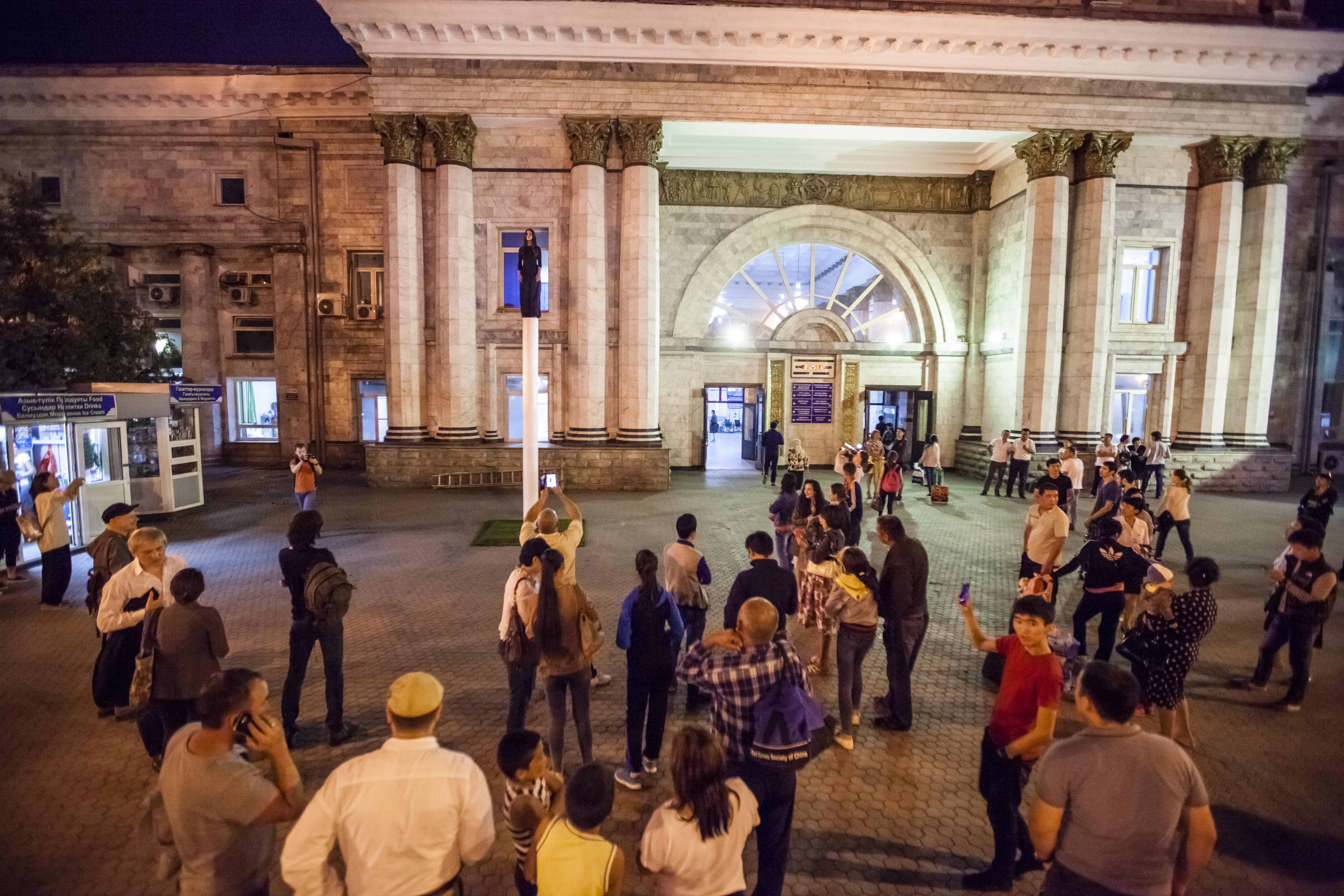 15.08.27-Artbat.Fest.Grand.Opening.049