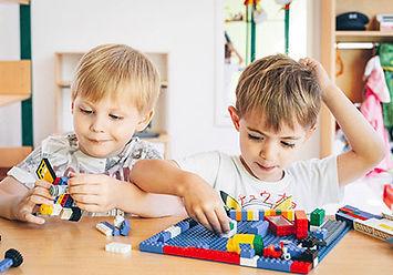 LEGO spielen Kita Gugger.jpg