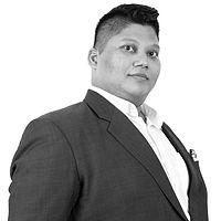 Shabbir Akhtar 2021_gray.jpg