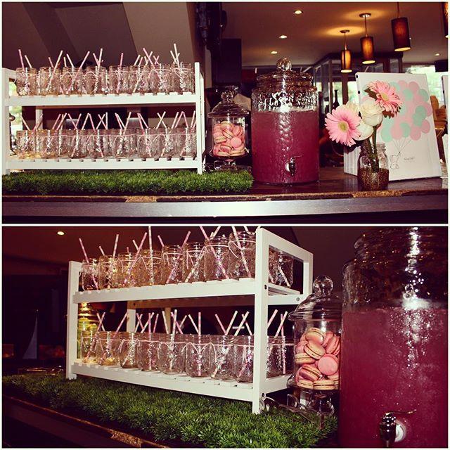 When life gives you lemons, have us create a pink lemonade station 🍋💝 #babyshower #lemonadestand #