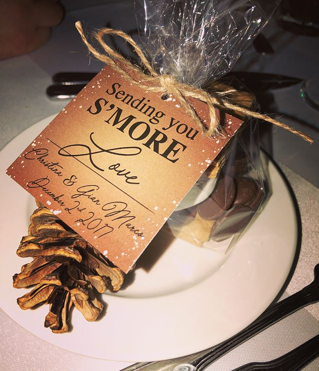 Gimme S'MORE! 🍫 #PartyFavours #WinterWedding
