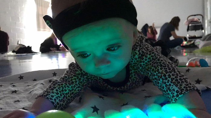 Baby rave time