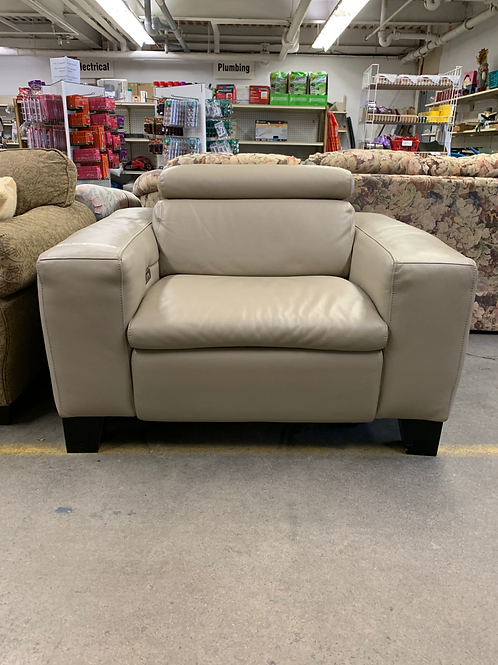 Italian Leather Power Recliner Chateau D'ax