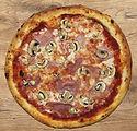 Pizza-Prosciutto-e-funghi-Pizzarella-Tic
