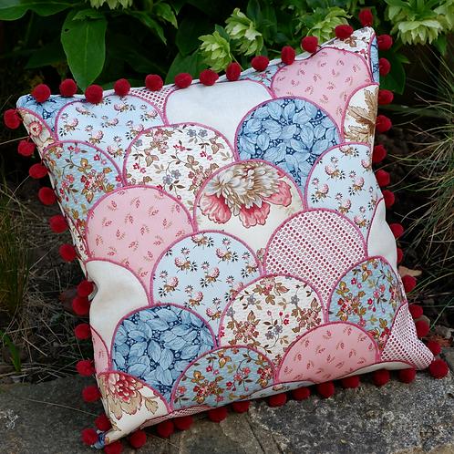 Clamshell Cushion Pattern/Kit
