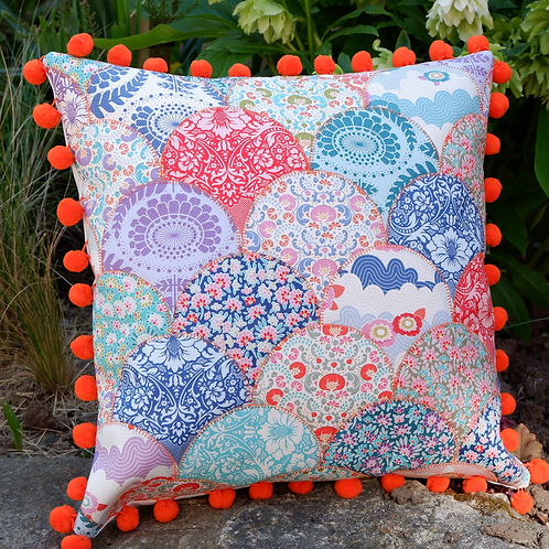 Clamshell Cushion Kit - Tilda