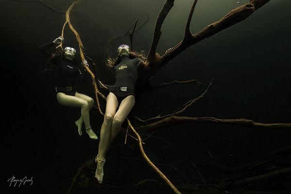 Freedive cenotes Tulum, Fredive Tulum cenotes, Freedive Mexico cenote,  Apnea cenotes, Apnea Tulum Cenotes, Freedive Mexico, Freedive Tulum, freedive cenote playa del Carmen, freedive car wash