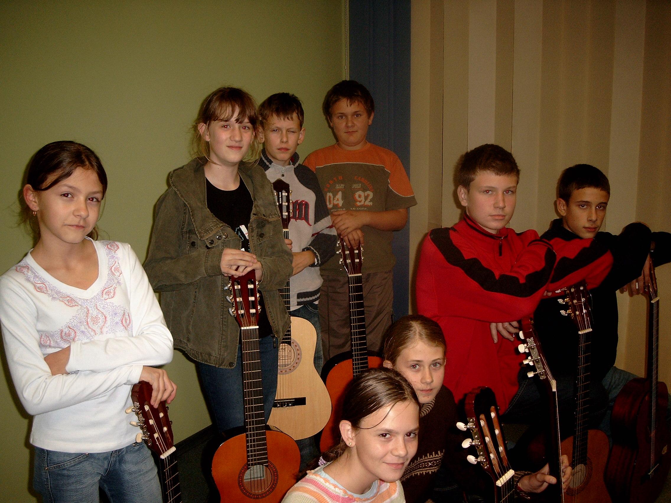 oktet gitarwy 2009 czerwionka.jpg