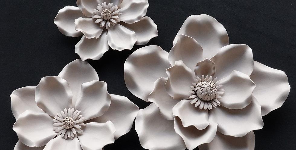 Magnolia Wall Flowers - Pastel Brown