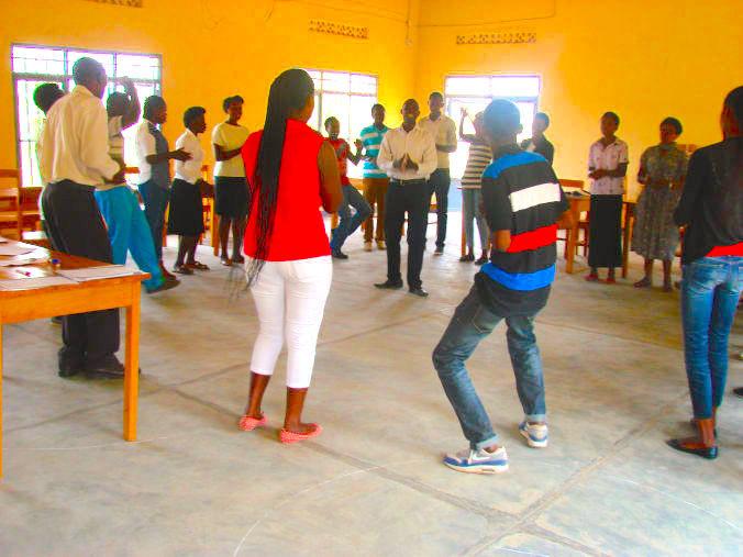 youtht-training4-676x507.jpg