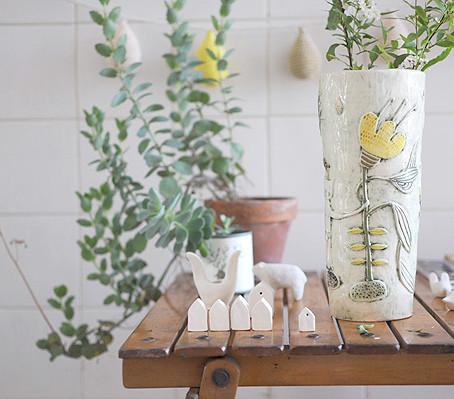 new vase: little cat in my garden