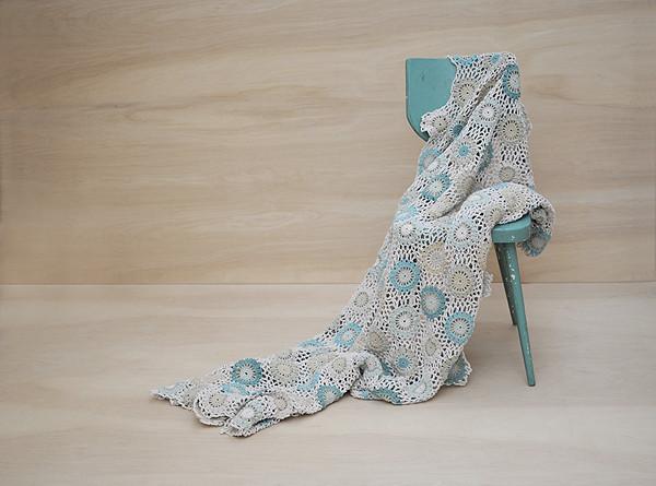 Leonor-Blanket-acqua