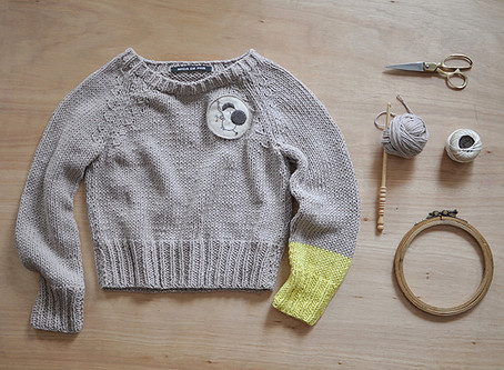 summer cotton jumper with embroidered patch